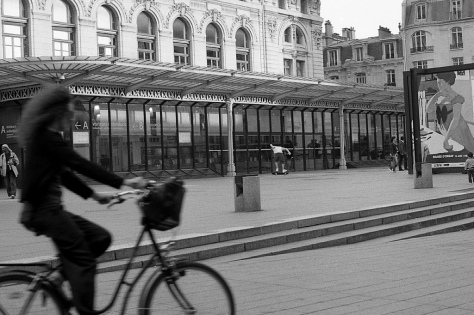 Bikes and Skateboarders at the Musee D'Orsay