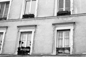 Monmartre windows